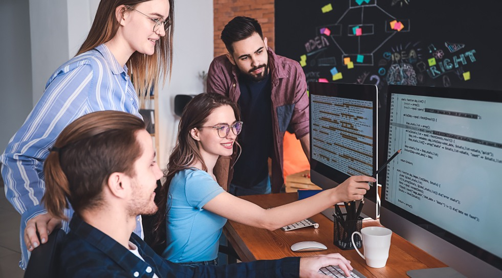 How Hiring a Dedicated Software Development Team Can Help your Startup Growth