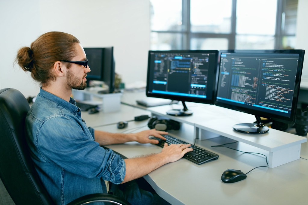 Full Stack Developer VS Mean Stack Developer
